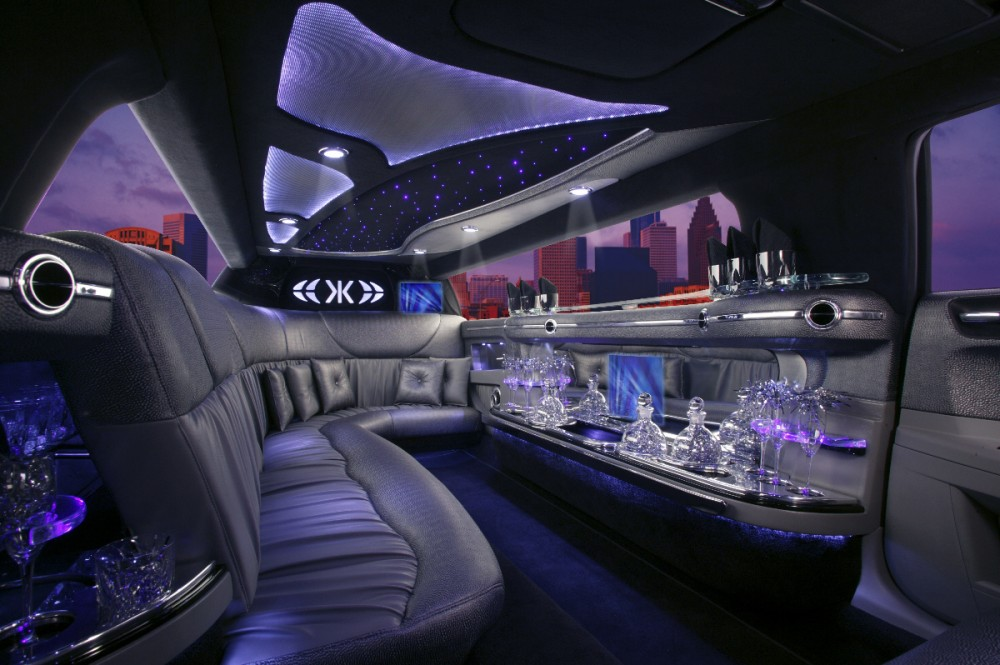 louer une limousine locastion voiture mariage 13 06 83 84. Black Bedroom Furniture Sets. Home Design Ideas